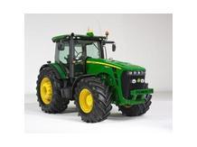 Трактор John Deere 6130D